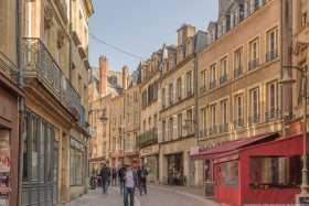 Metz 11
